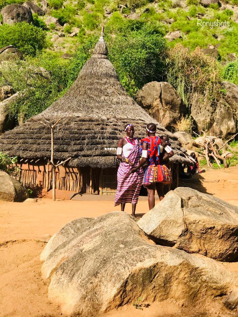 Wycieczki-do-Sudanu-Południowego-Labaafrica-photo